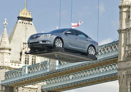 vauxhall-insignia-london-1