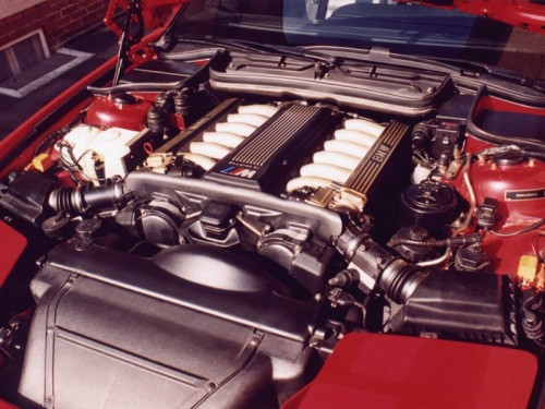 BMW850csi_engine_800