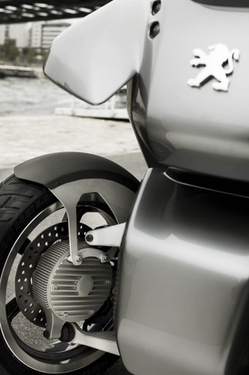 peugeot-concept-hybrid3-evolution-11-682x1024