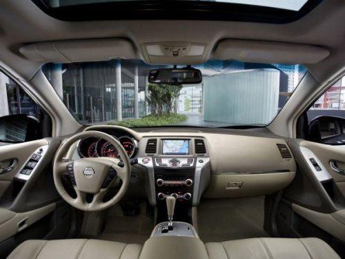 Nissan-Murano-int