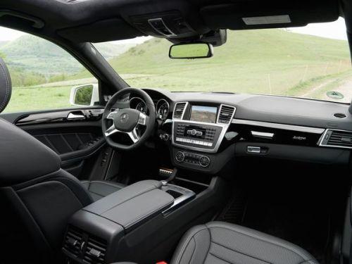 Mercedes-Benz-GL63-AMG-Interior