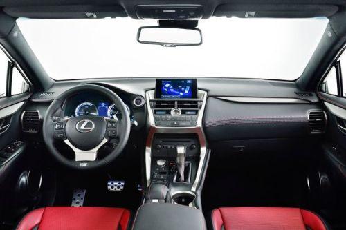 Lexus-nx300h-int