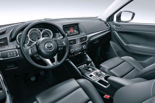 Mazda-CX-5-2015-int