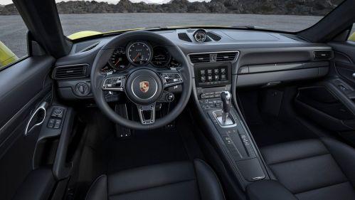 Porsche-911-991-2016-int1
